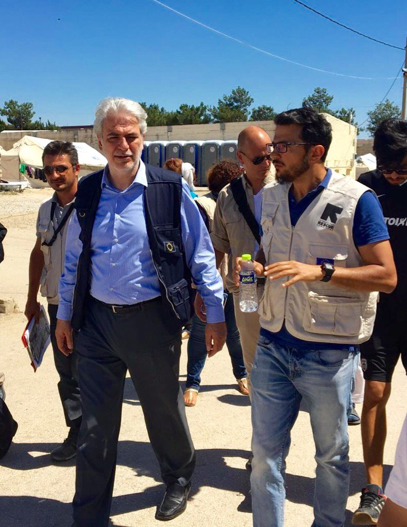 In Greece @StylianidesEU & @theIRC Panos Navrozidis at Diavata where we are building toilets & showers for refugees https://t.co/OsNvIWjZnF