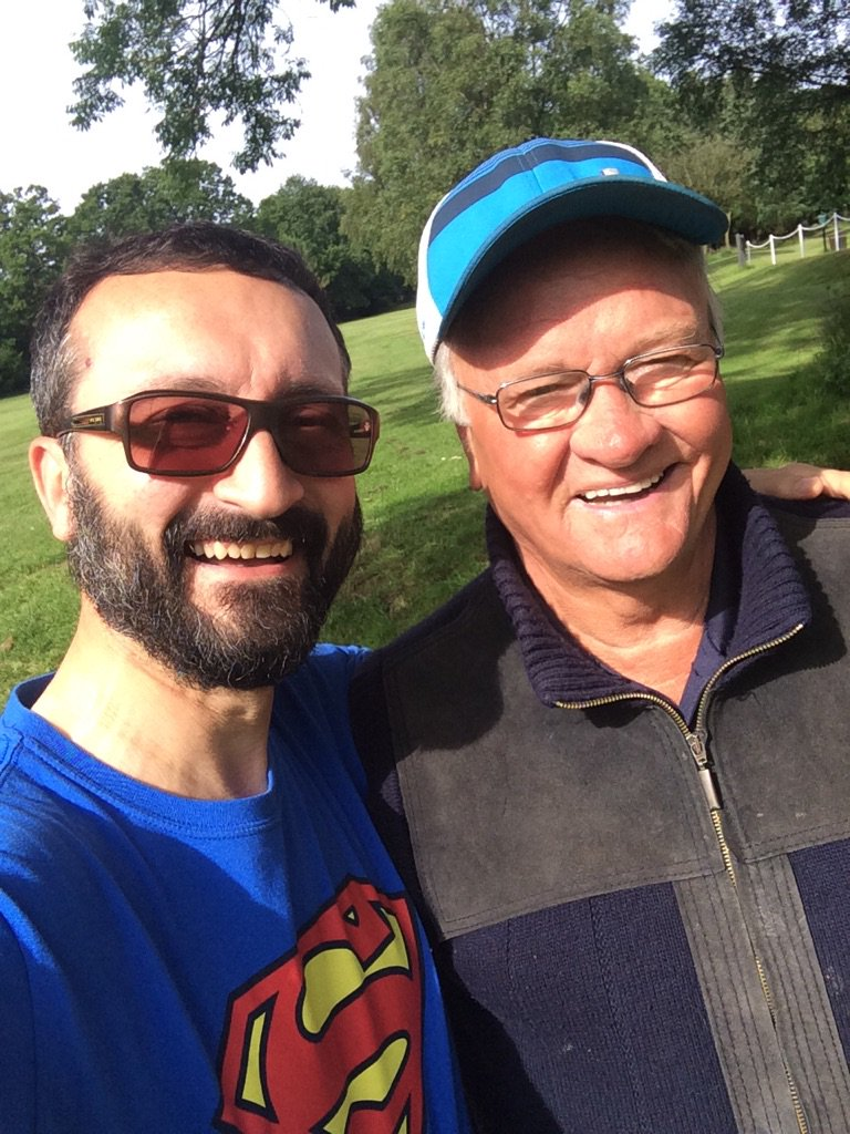 Amazing who you bump into whilst walking around @LickeyHills . None other than @Ronglish https://t.co/eSsWDg5rsN