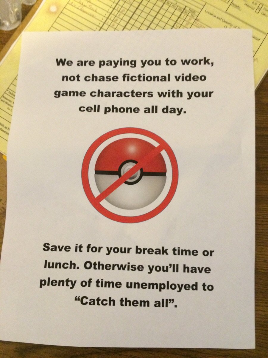This is sorta fabulous. #StolenFromReddit #PokemonGO https://t.co/ruOb1ADO5d
