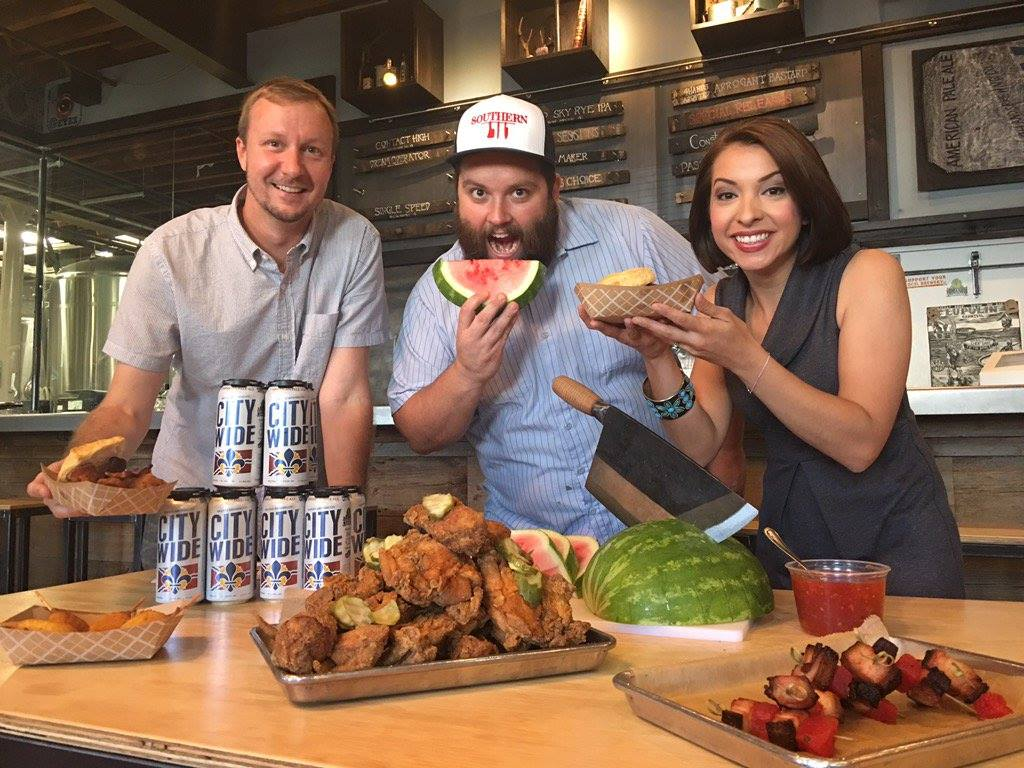 STL's first Fried Chicken Festival is Sunday @STLSouthern @4HandsBrewery https://t.co/oALZvPbzYk https://t.co/liBCavt8aL
