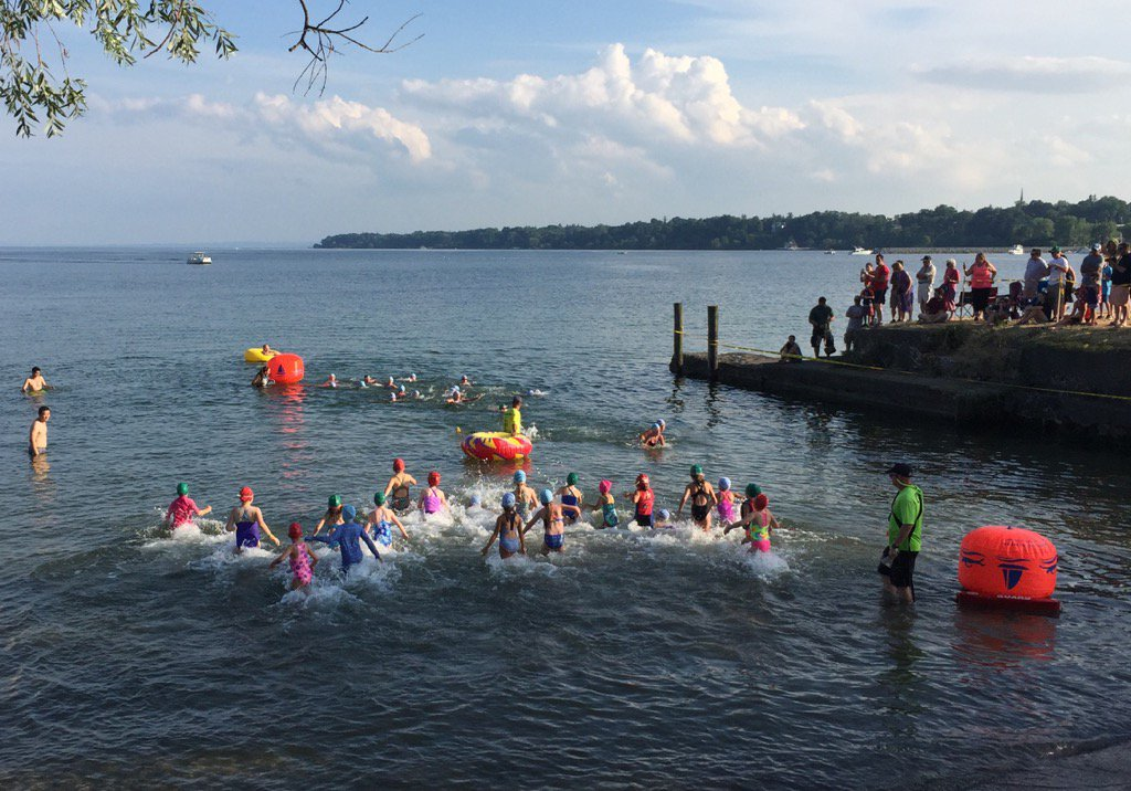 And they're off! The #Musselkids are ready to rock this course. @musselmantri #FLX #SenecaLake https://t.co/7cZYoeypaO