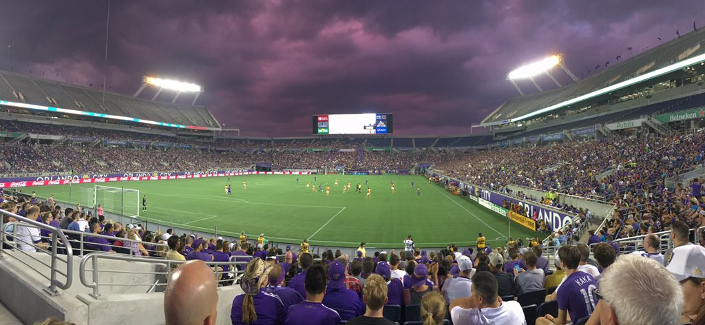 Interesting sky for @OrlandoCitySC vs @HoustonDynamo ⚡️