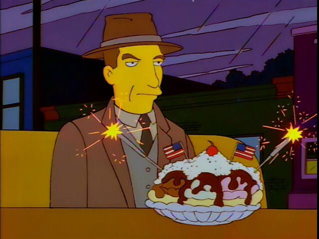 """""""What's the matter, Chief?"""" """"Yeah, you've barely touched your banana kaboom."""" https://t.co/YdwI6oLcqv"""