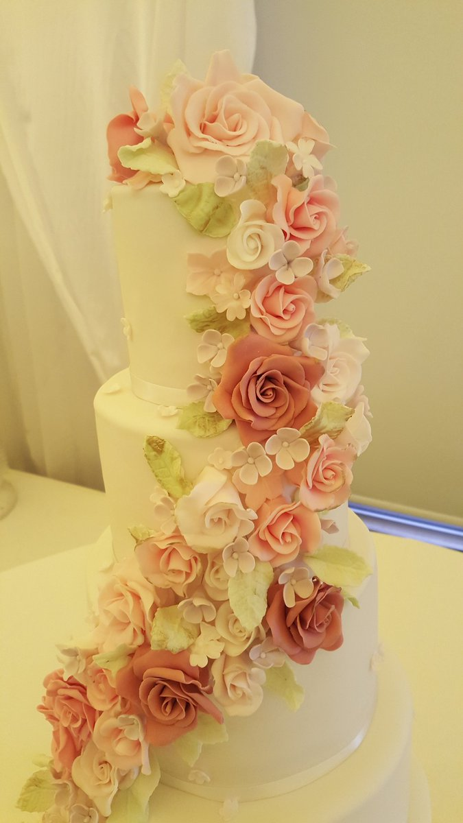 Cakes by Sophie Page on Twitter: \
