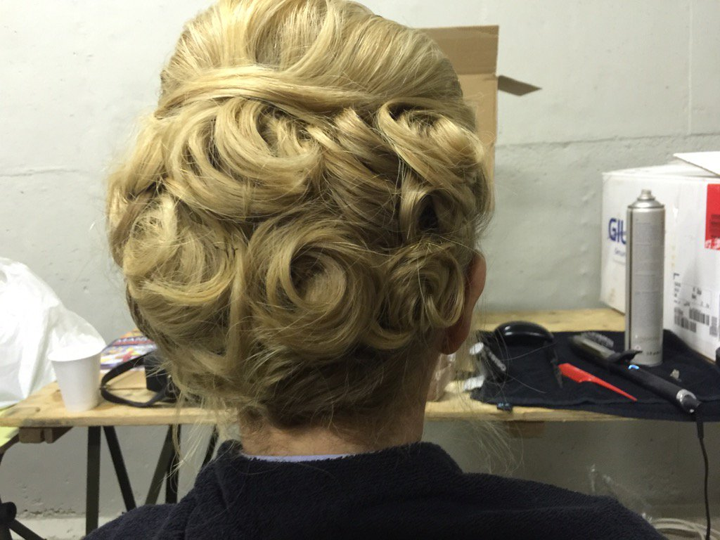 Thank you to Nige Gorman's  wife's friend Louise for the up-do for Gala Dinner last night @airtattoo @aircadets https://t.co/GncpBNpcJl