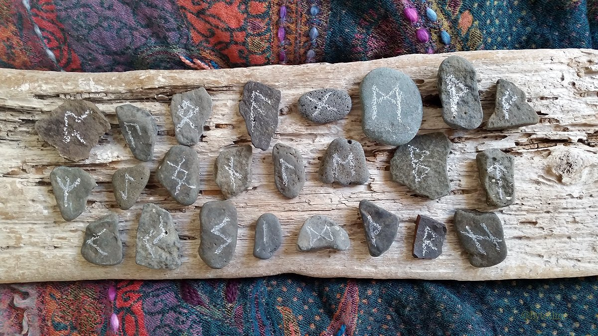 Runes made from stone from Govnik beach and carved by shells, also from Govnik beach.