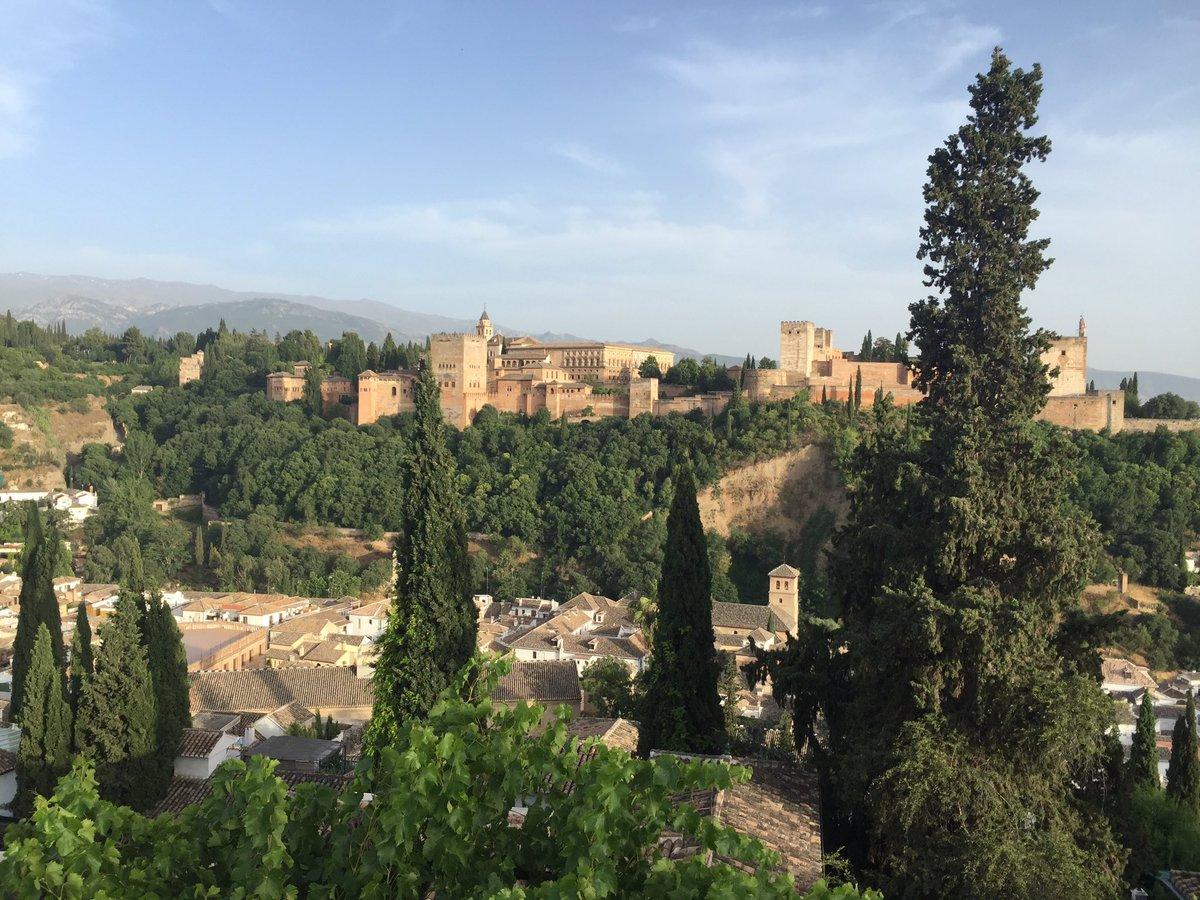 Hoy #nefrodiet en #Granada en @sparks_eu con @Dialisis24h en @ParqueCiencias. Un placer https://t.co/S7Q6uRMCQR https://t.co/PjveGcSGGS