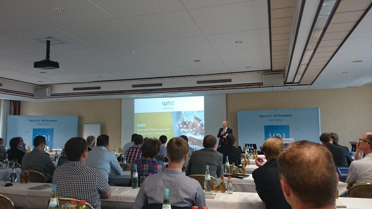 VDI-Fachkonferenz: SIT-Forscher stellt das Projekt IUNO vor, welches IT-Sicherheit in der Industrie 4.0 schafft.