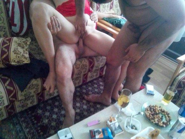 showdown-turkish-swinger-couple