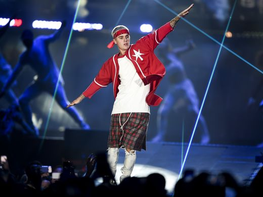 .@justinbieber says #Nashville concert 'one of the best' https://t.co/9dpwAmRLF3 https://t.co/noi9MMnvYs