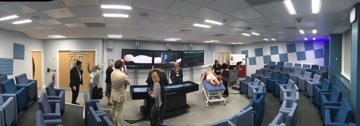 Amazing digital pathology and anatomy teaching facilities at @LifeSci_UoB #teambradford