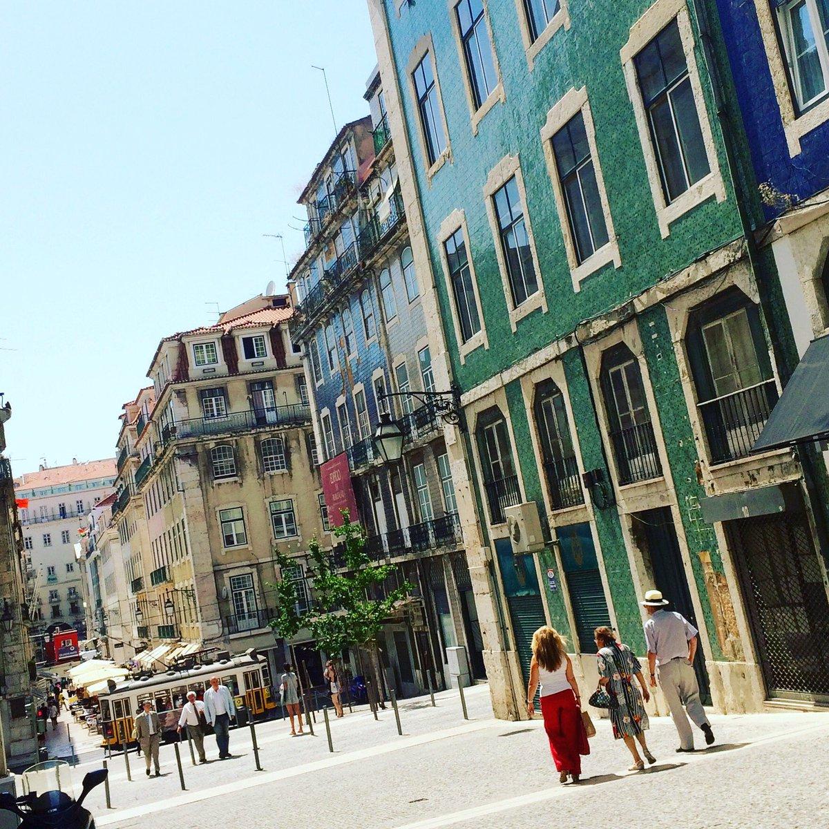 Lisboa, menina e moça, de passagem. #TravelTuesday #amreading #amwriting https://t.co/3JUXZCKhgz