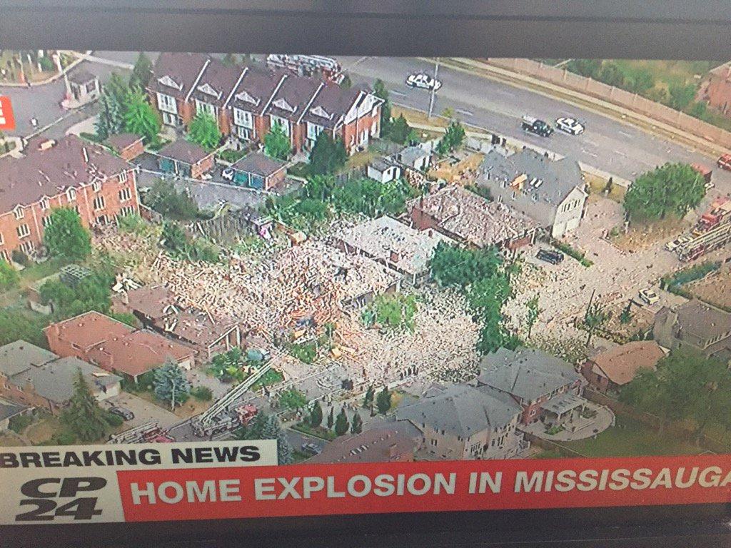 #breaking unbelievable destruction in Mississauga https://t.co/3CRSVzlOkm