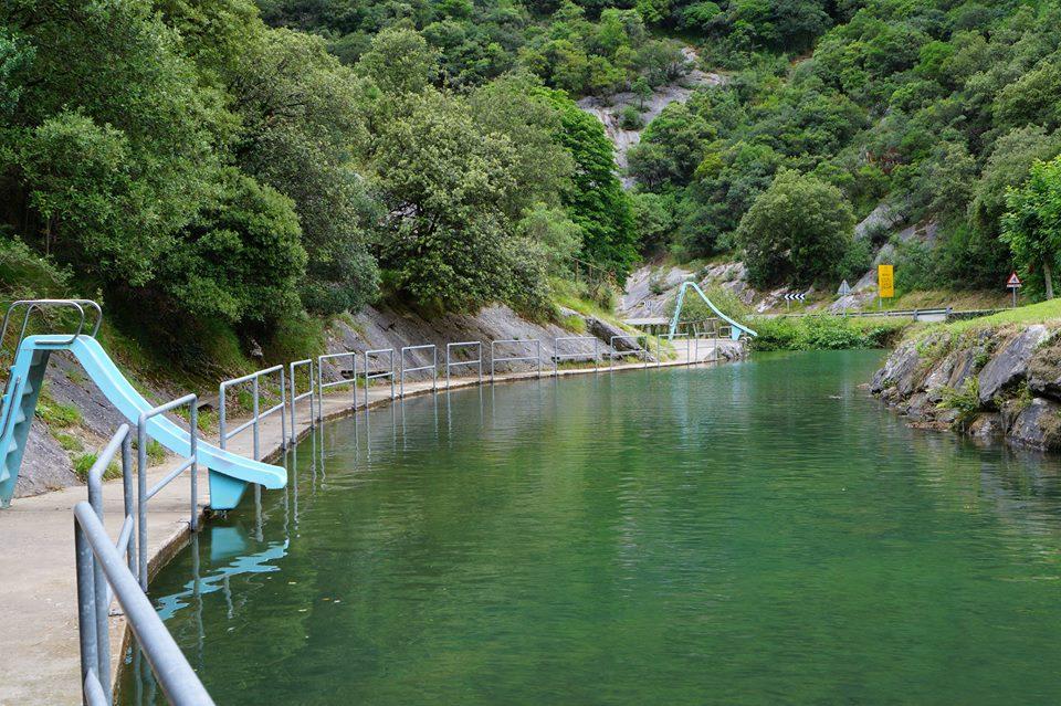 Resultado de imagen de piscina natural betelu