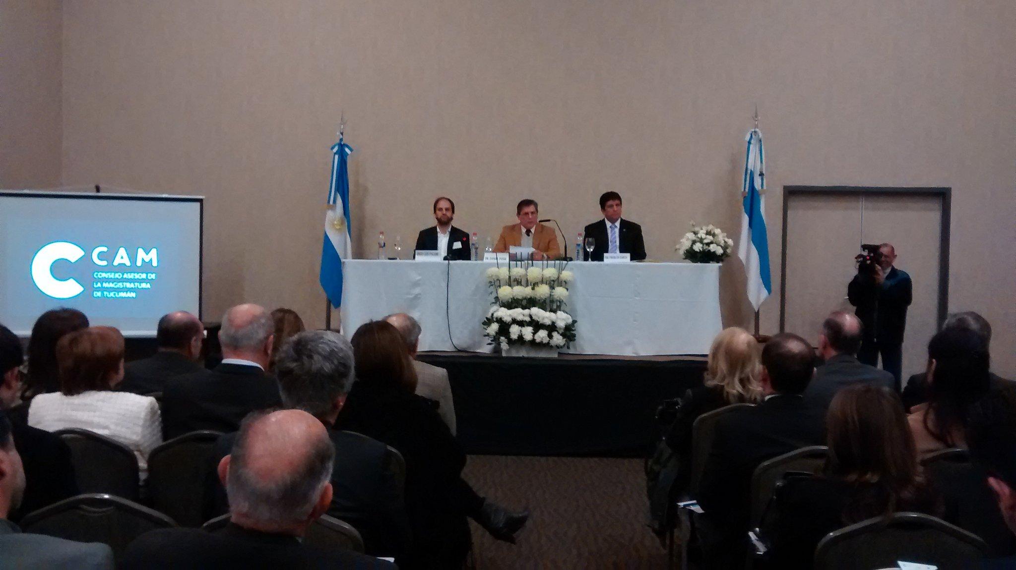 Dr. Posse presidente del CAM da inicio a las XVII Jornadas Nacionales del @fofecma https://t.co/LuuB7AmiUl