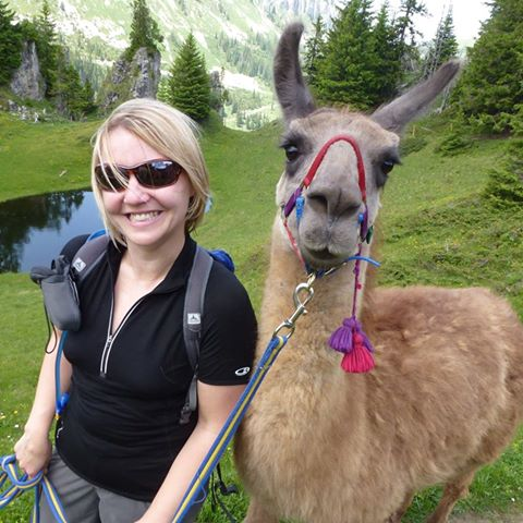 Reminded by FB that 4 years ago I was hiking near Gstaad, with this guy (name of Dalai :) @MySwitzerland_e https://t.co/bJppoWSqjm