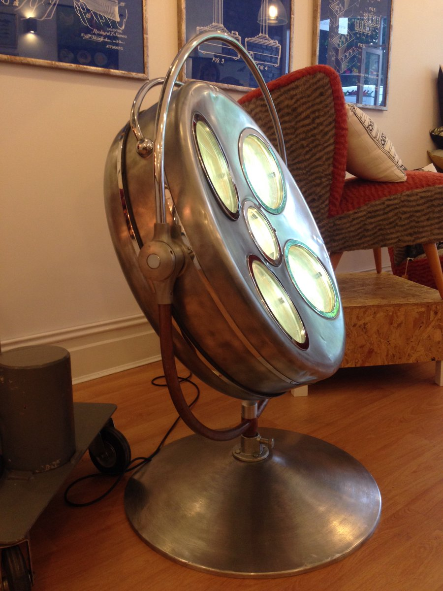 This Time A Stripped Converted Ddr Operating Theatre Lamp Inspiredbybristol Funkylights Vintagepic Twitter Tgbndohrsl