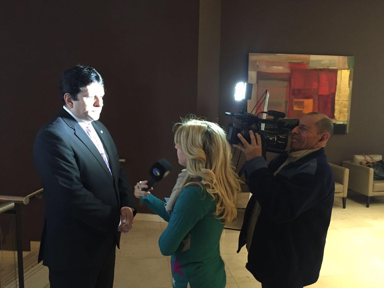 El Presidente del FOFECMA, Froilán Zarza atendiendo a los medios previo a las XVII Jornadas Nacionales https://t.co/kVixNsjDeA
