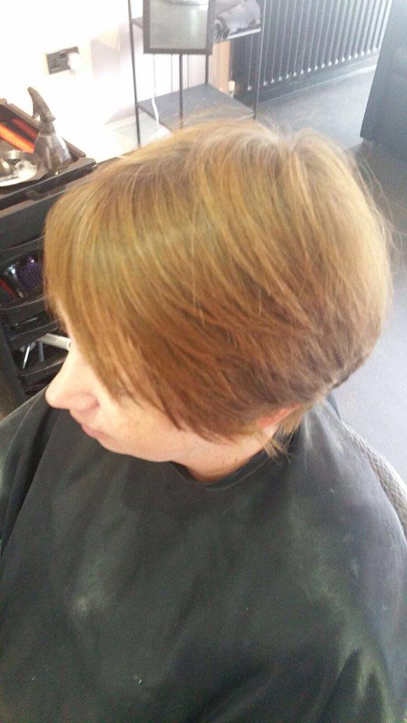 Cherry bomb salon cherrybombgals twitter for Bomb hair salon