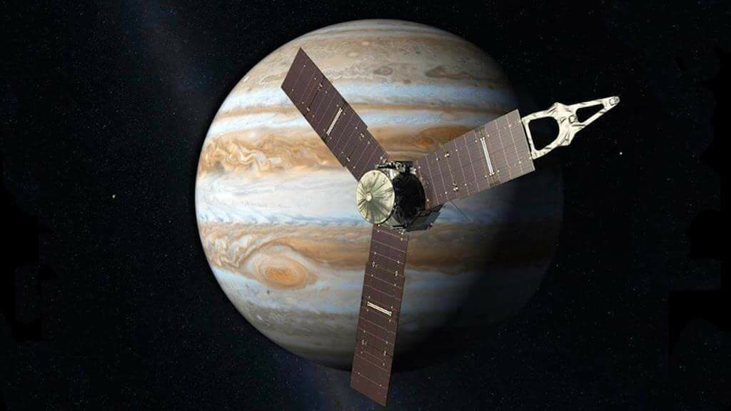 NASA's Juno spacecraft is on its way to Jupiter to study the solar system's largest planet. https://t.co/SslSsktOuu https://t.co/GATaroavp4