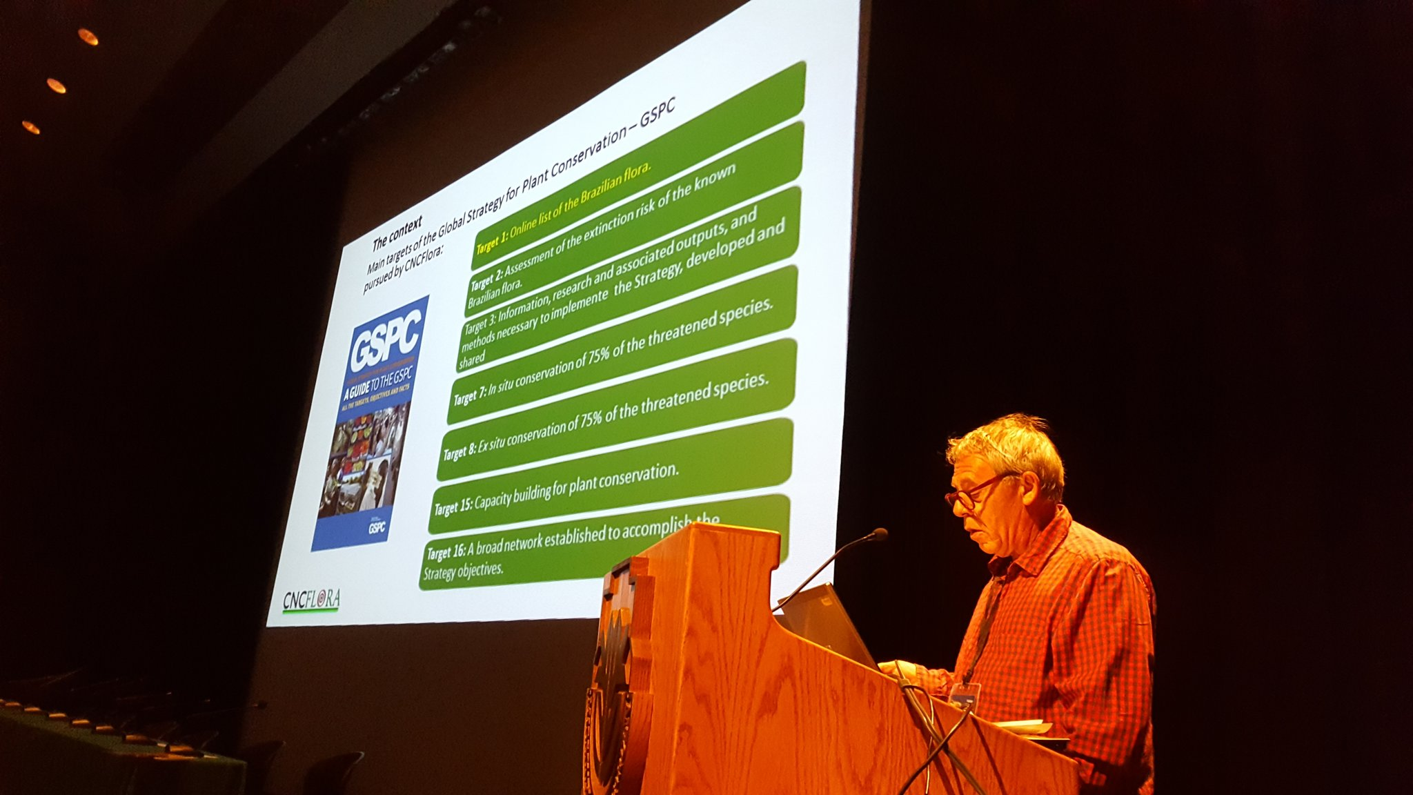 GSPC has been hugely important in pushing forward plant conservation in #Brazil. Gustavo Martinelli at #GPPC2016 https://t.co/Q5MdNNJm78