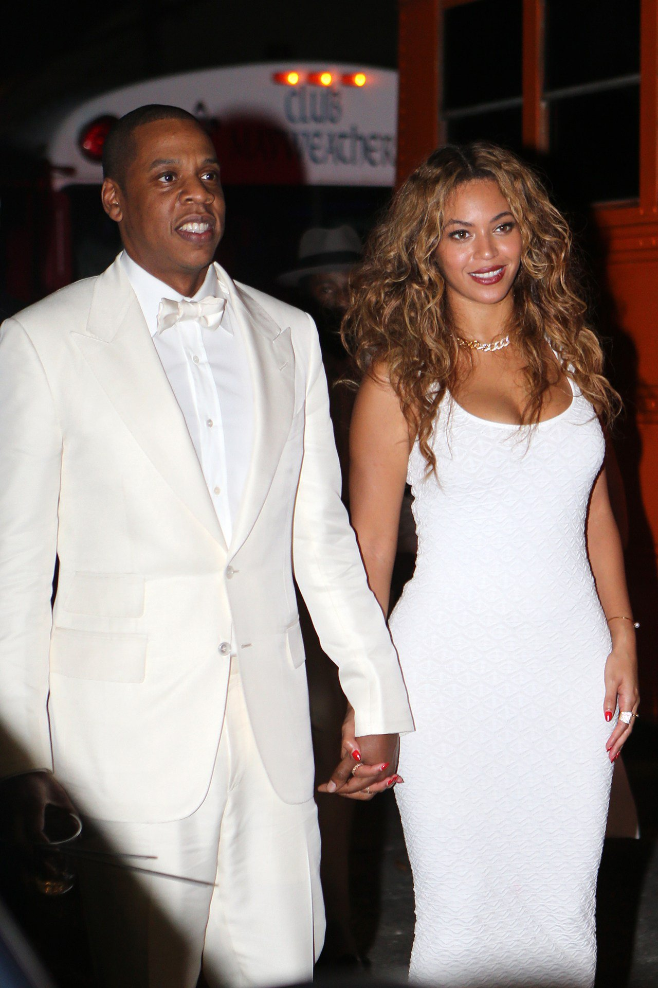 What did Beyoncé say about her wedding dress? https://t.co/qqdw8oOjE5 https://t.co/47pOIOokd3
