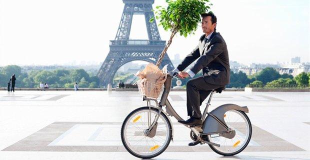 In #Francia se vai al lavoro in #bicicletta ricevi 0,25 cent. di euro per ogni Km percorso.  https://t.co/yXbUaq6Xuz https://t.co/qBdgb4HGWh