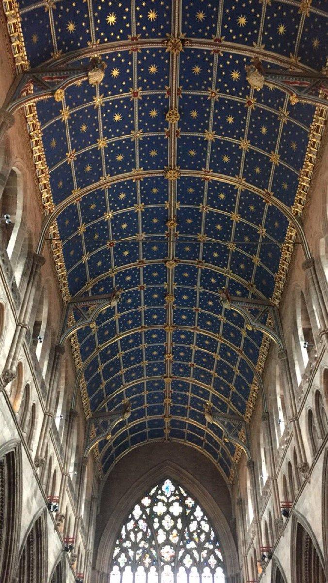 Stunning ceiling inside #CarlisleCathedral -- great visit courtesy of @GarethPresch cc @NotJustLakes https://t.co/rcelAsY53u