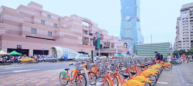 Taiwan's YouBike* System Grows with Advantech and Microprogram