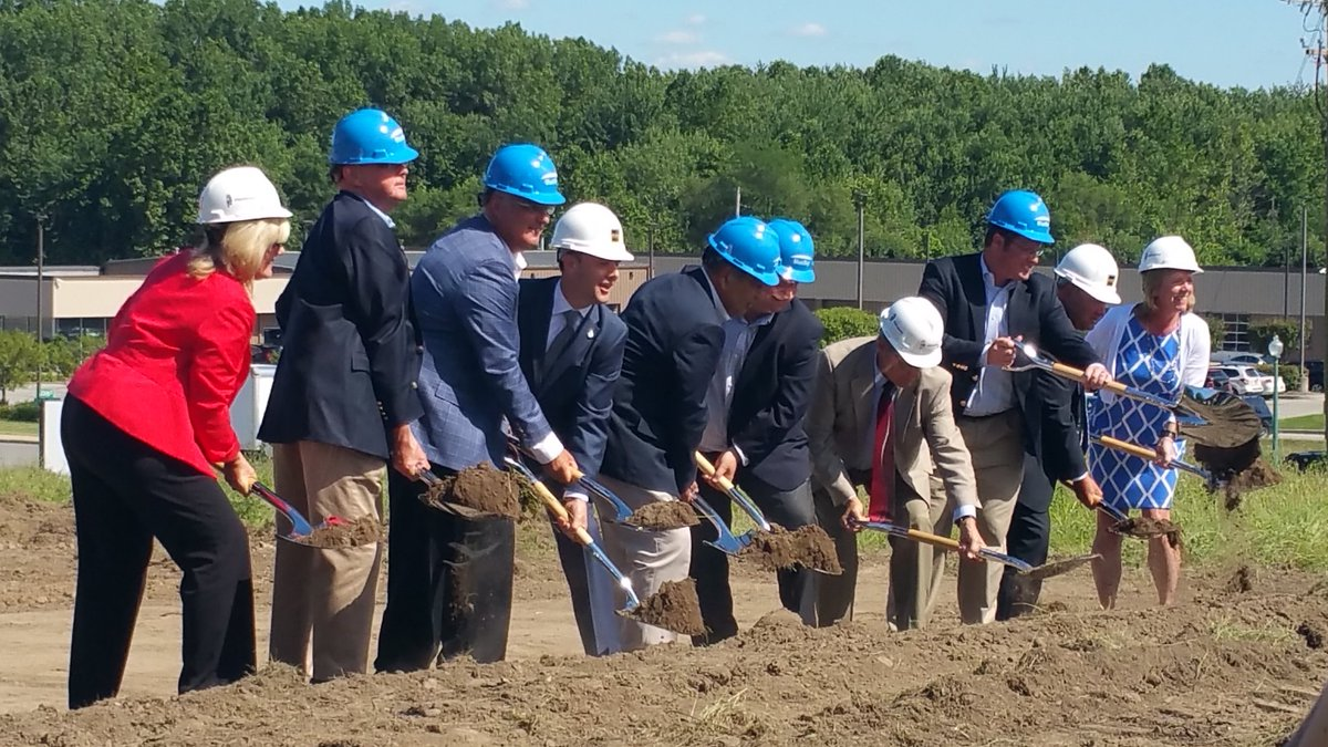 And the ground is BROKEN! #BlueSkyBreaksGround Congrats, @BlueSkyTP @MeyerNajem @AmericanStrpnt @noblesvilleed woot! https://t.co/P4rSdwAPjS