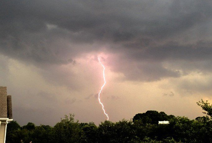 Weather Blog: Outdoor plans for Fourth of July? Lightning safety is key