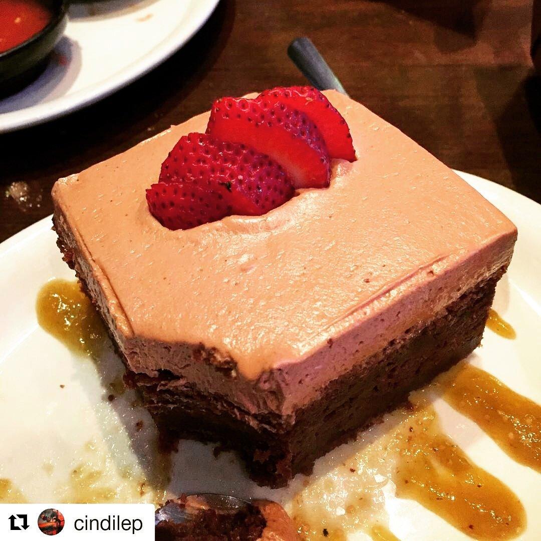 Repost Cindilep My Vegan Birthday Cake From Hussongslv So Delicious Hussongs Vegasveganpictwitter BfCMJm8j2A