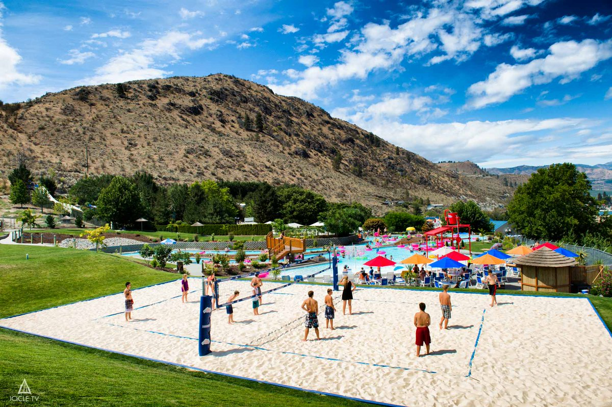 Lake Chelan On Twitter Up For Some Beach Volleyball Lakeside Park Slidewaters And Don Morse All Offer A Court Your Enjoyment