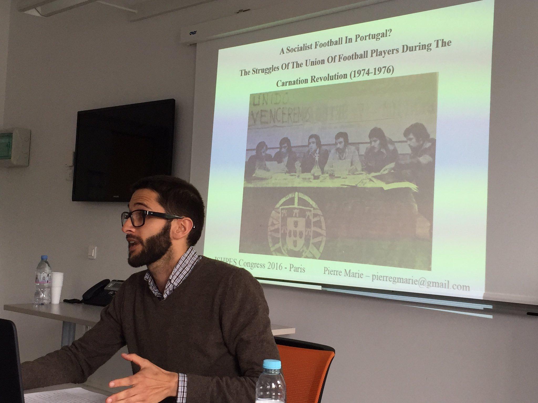Pierre Marie: Socialist football in #POR during Carnation Revolution ? #ISHPES2016 #sporthistory https://t.co/pN3cCJZQoe