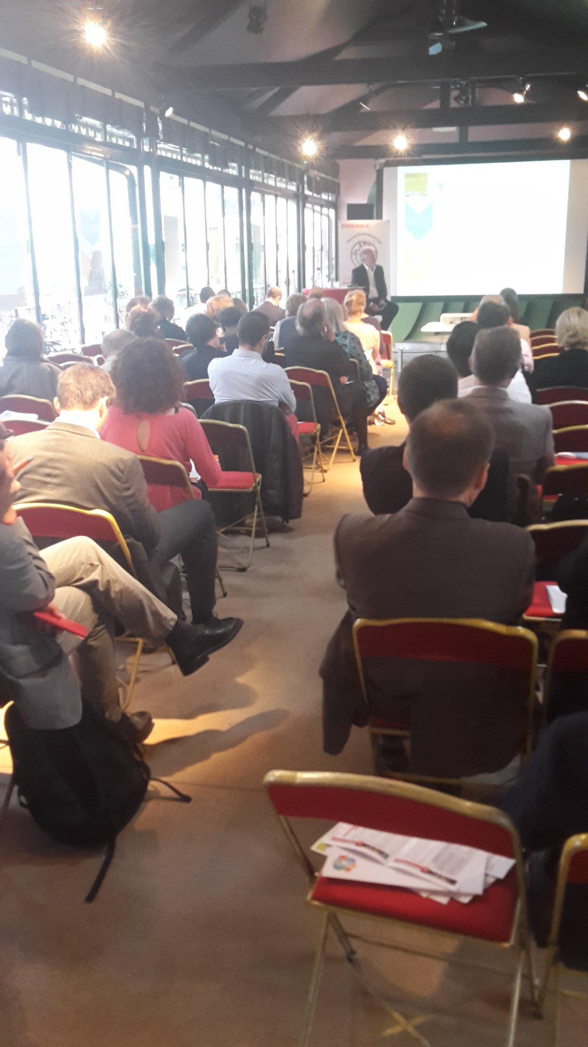@GillesBerhault présidant sa dernière AG bon anniversaire @Comite21 ! #ODD + interrégional #comite21ans #qualitéair https://t.co/iwAsbUwdTl