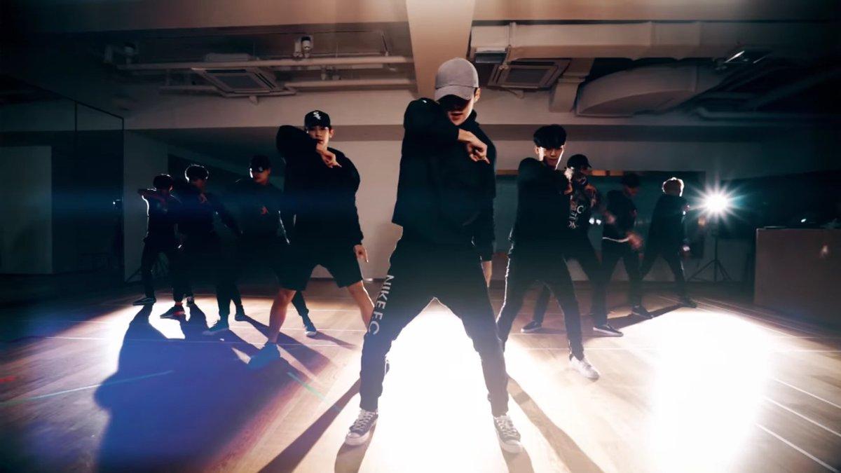 Eb Ec DEb BEb E C On Twitter Monster Dance Practice Ver Exo Sehun Httpst Cocddsjayak