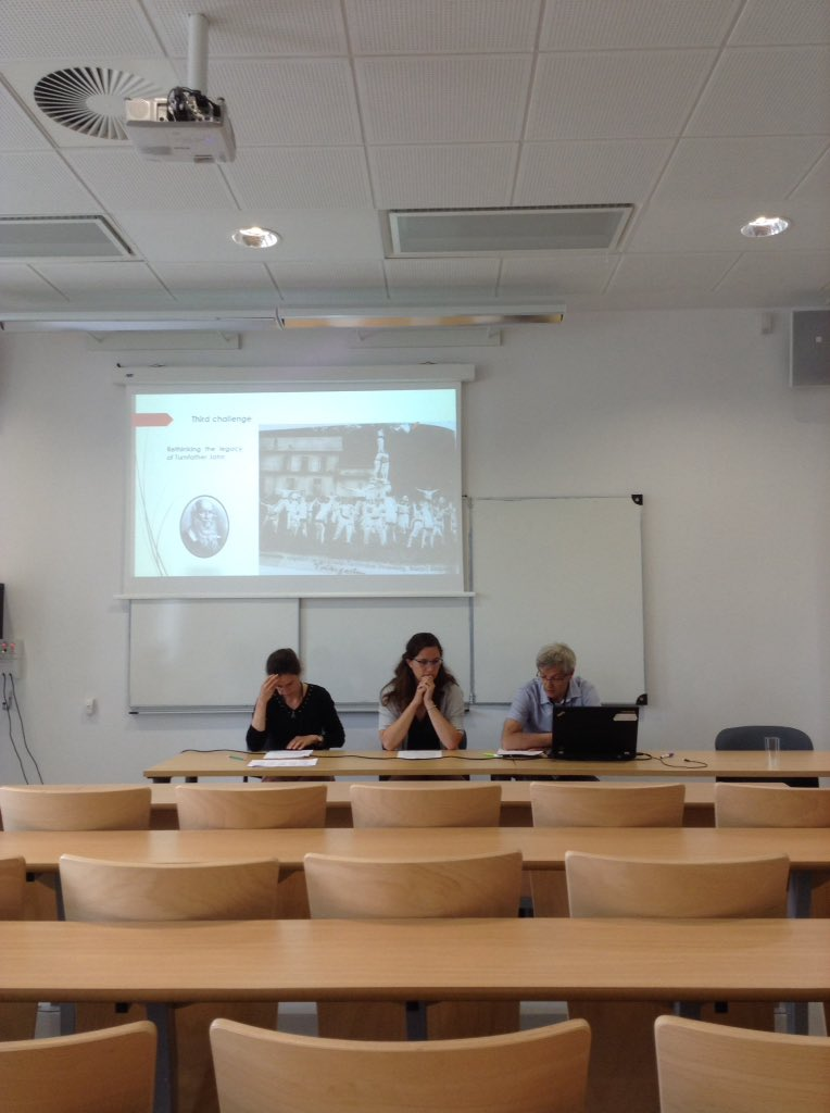 SpLeish visiting research fellow Daphne Bolz and colleagues on workers' sport at ISHPES conference in Paris https://t.co/afGB1KkLcU