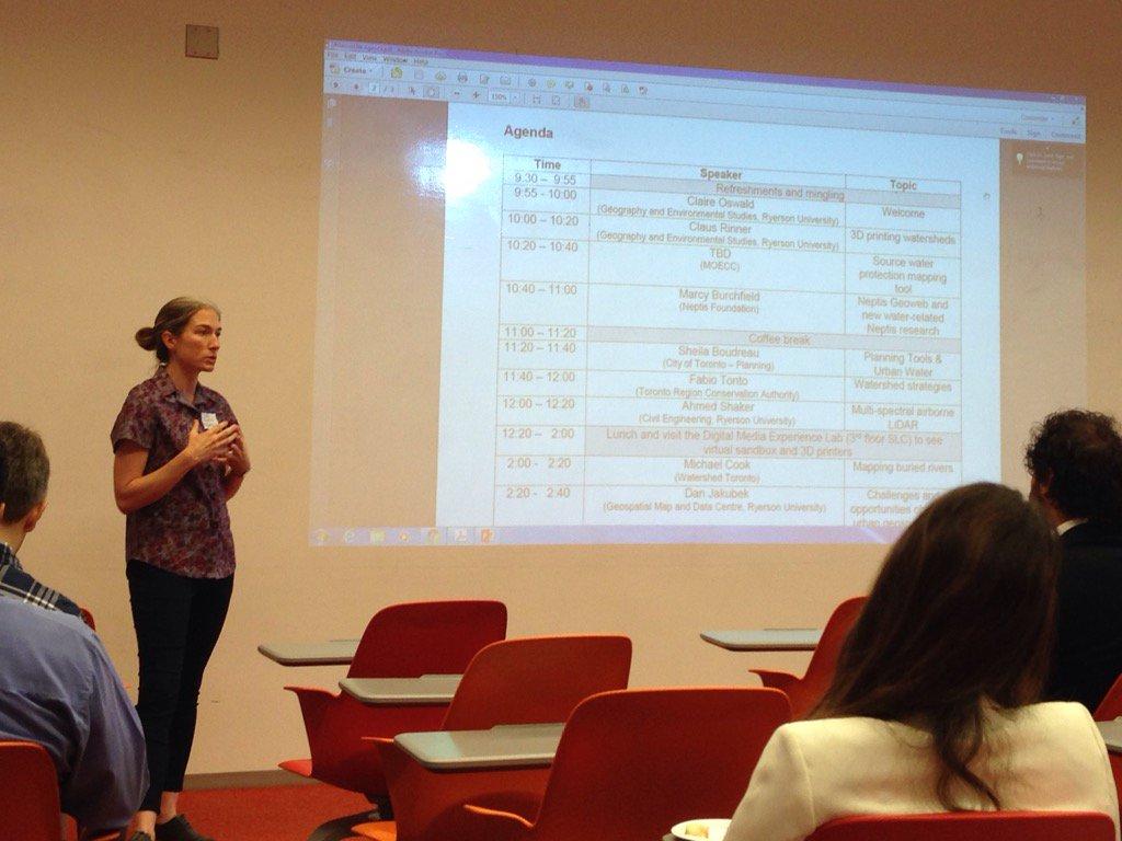 @clairejoswald @ClausRinner #GeovisUW workshop starting! @RySciDean @NicH2Olas @SheilaBoudreau @TRCA_News https://t.co/K4Uk4l4Vy8