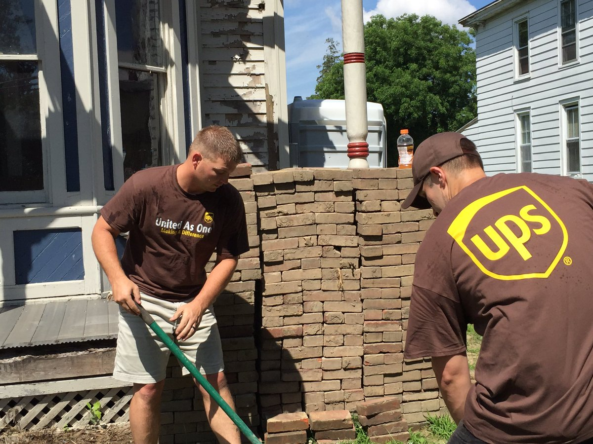 Great way to rehab Brian Conley #Veterans Resilience Center w/ @WarriorHWarrior by #recycling bricks. #OneGreenThing
