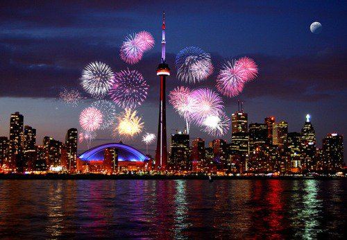 Here's what to do on #CanadaDay in #Toronto. https://t.co/f4Rp2nNrpd https://t.co/iQ8irq02ge