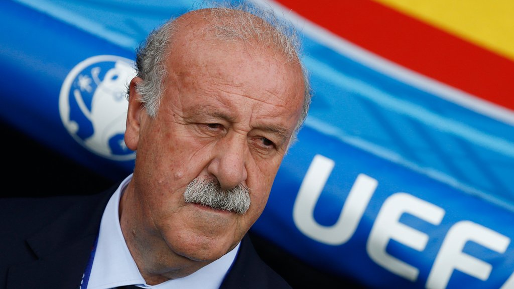 BREAKING NEWS. Del Bosque quits as #ESP coach. Full story to follow at https://t.co/pqVZH05lJG https://t.co/whgjXJkkHY