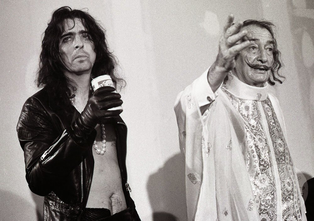 """""""@rustymk2: Alice Cooper and Salvador Dali, 1973. https://t.co/scV8Dum87J"""" that time when Alice cooper is the normal one"""