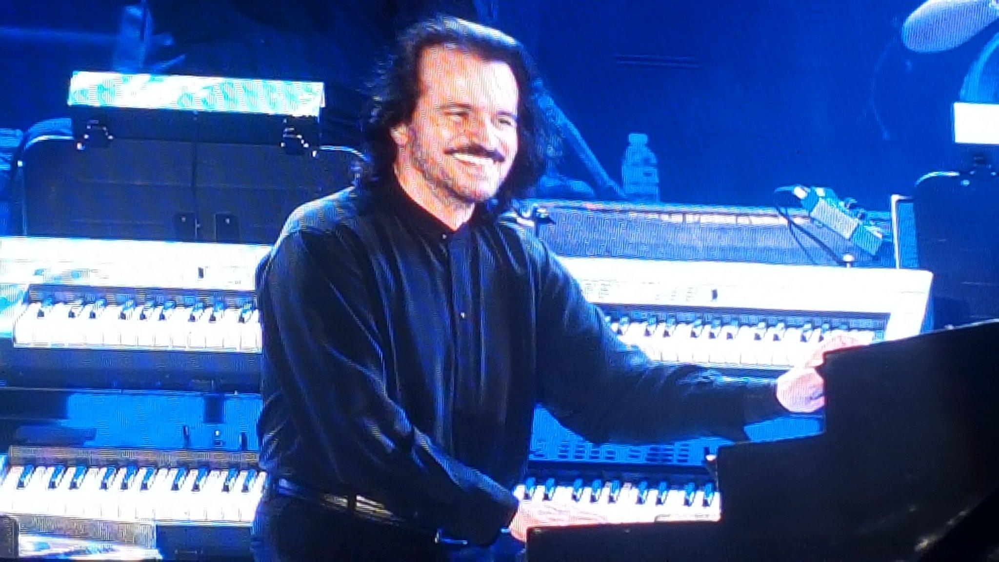 Recorrer el mundo en una noche. #Yanni #magicjourney https://t.co/cS4rS2l5kP