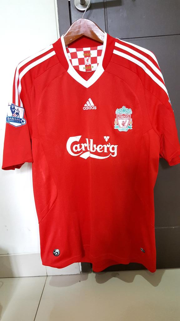 @_OriginalKit Liverpool Home 08/10 •VGC •All Original Velvet• Size L • 300k • 081294691374 / 7CD4ED60. #jersey4sale https://t.co/Tb5TsOvehA