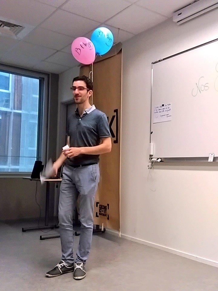Jour 2 @FabriKaDecliK C'est parti pour un atelier à la découverte de nos 8 intelligences avec @B_Happy_fr #fdk2016 https://t.co/V4iD44LtzQ