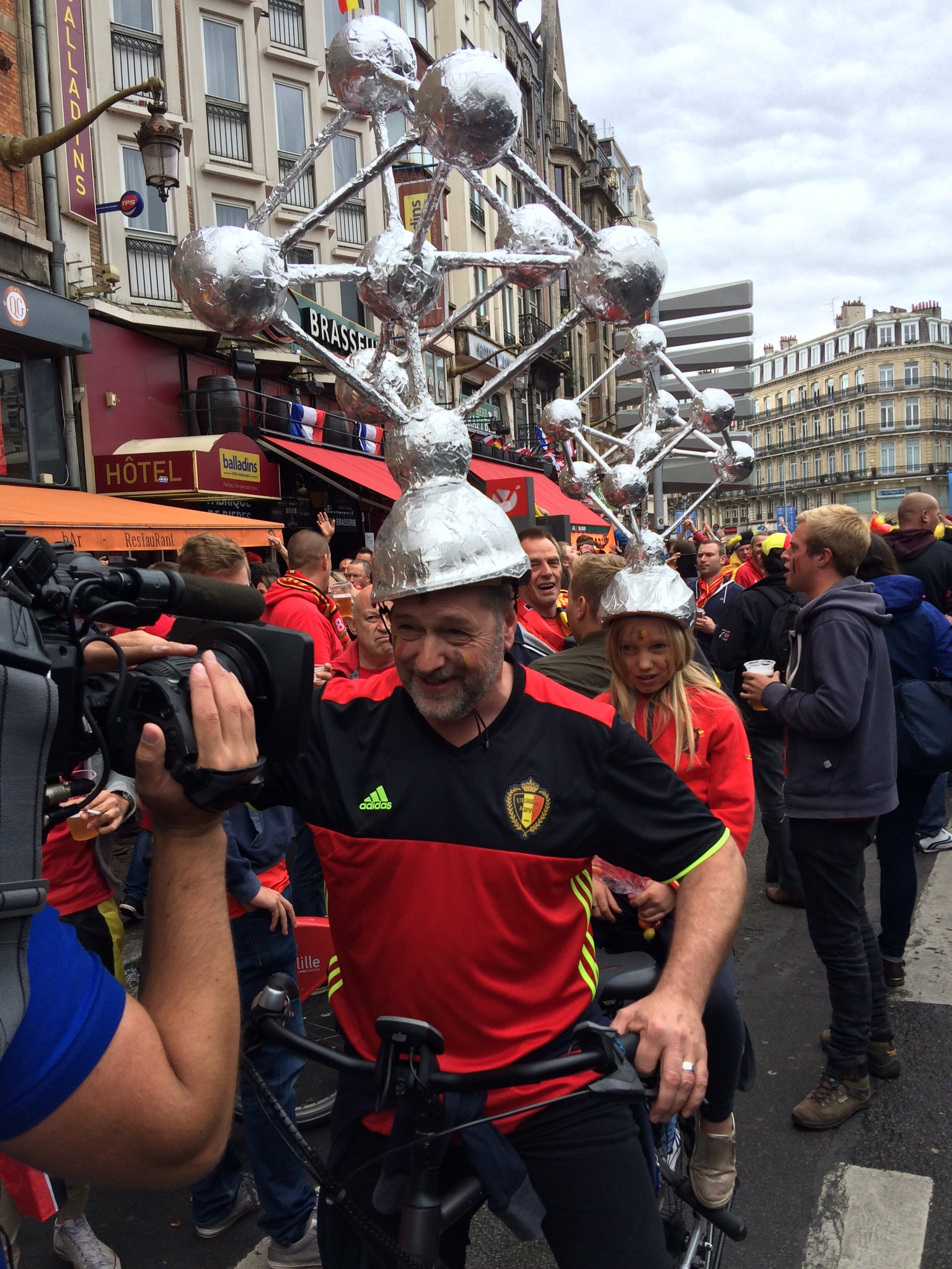 Уэльс - Бельгия. 18-й день Евро. Как это было - изображение 39