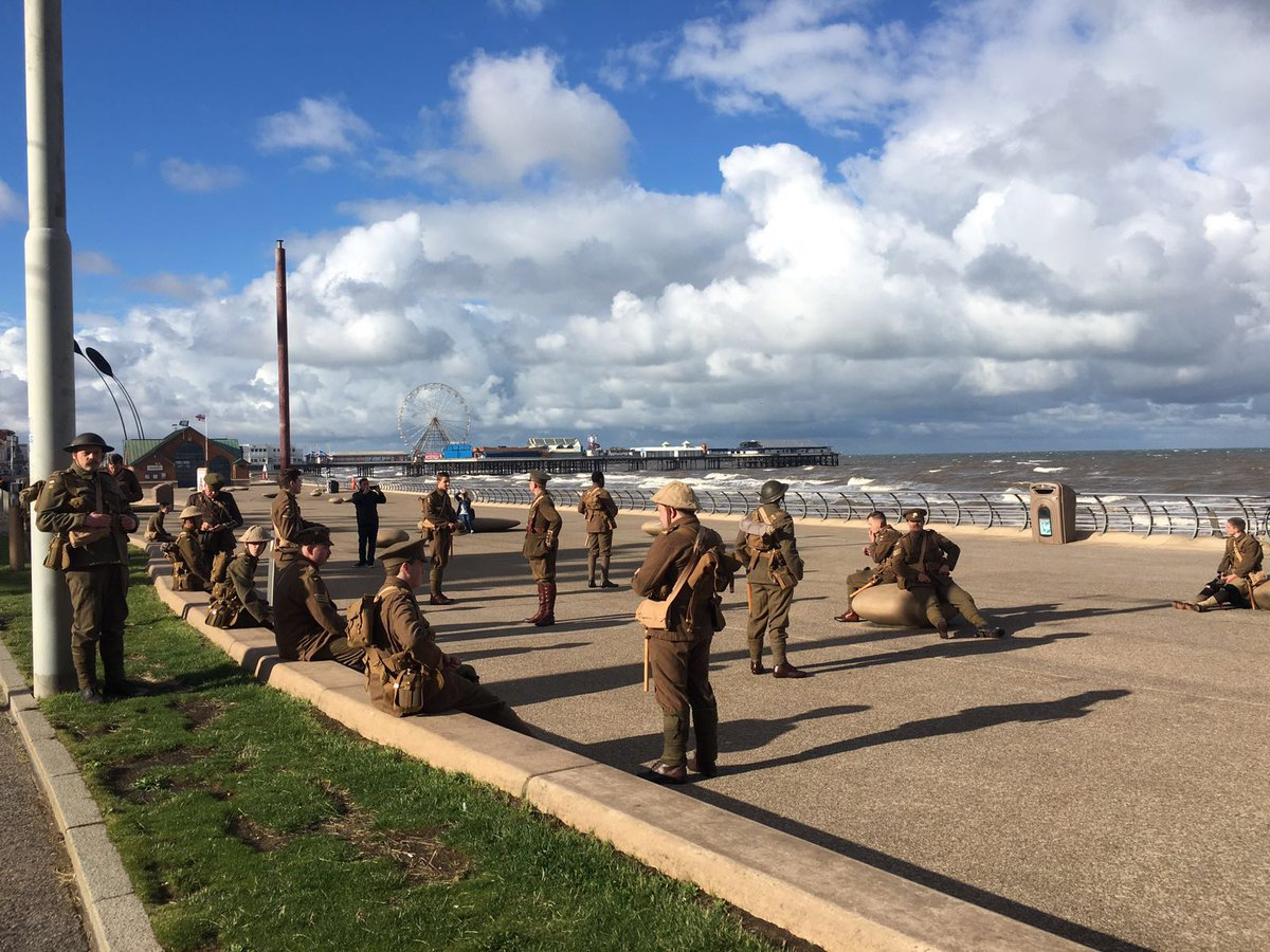 Wow - have you seen what is happening in #Blackpool today? Beautiful day here, too! #wearehere https://t.co/xvuUij5pkf