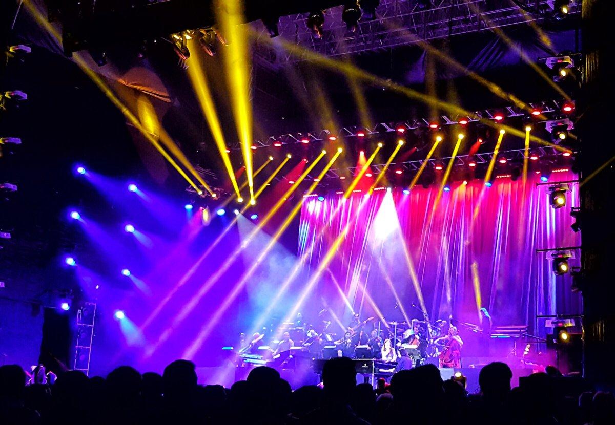 Aún impactado por el súper concierto de #Yanni anoche! Increíble que haya estado en #CostaRica ! #YanniCR @katmarce https://t.co/p0VvYmrRlH