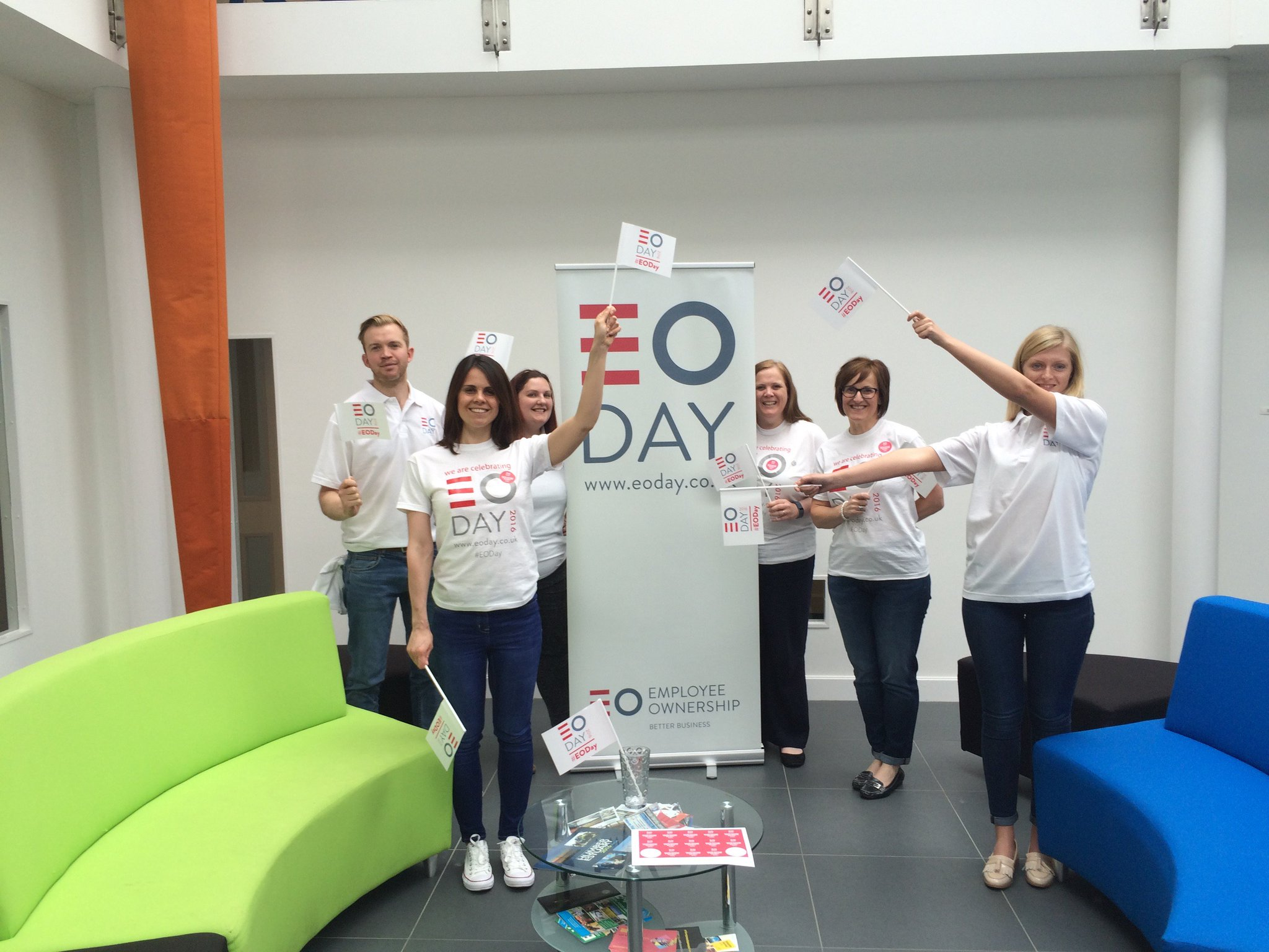 The EOA HQ waving their #EODay flags. Thank you to all our members who have sent us your photos celebrating! https://t.co/lnV6vSHoEs