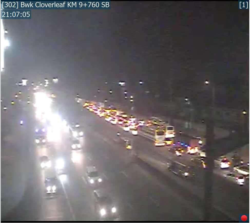 As of 9:07 pm, traffic before balintawak toll plaza nb due to